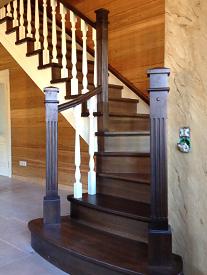 Деревянные лестницы – тепло в душе, уют в доме