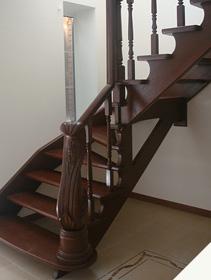 Дубовая лестница