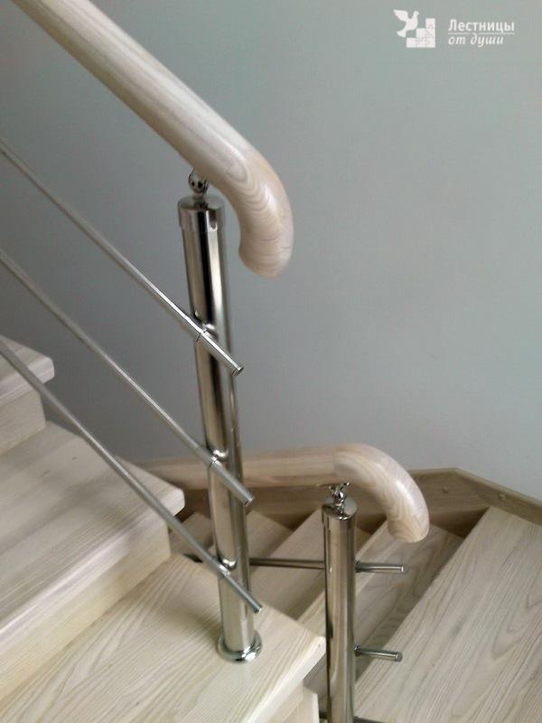 Нержавеющие ограждения лестниц с деревянными перилами