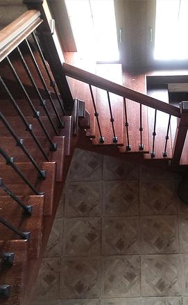 Балясины для лестницы из дерева: фото установки своими