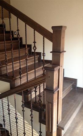 Лестница на бетонном основании из ламельного дуба