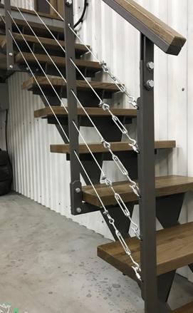 Прямая лестница на металлокаркасе в стиле лофт